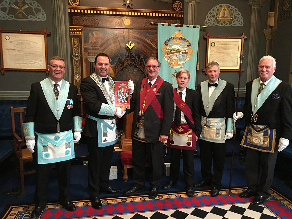 Robin and Ben presented our Worshipful Master, WBro. Lee Williams with a visitors banner from Lodge Hinemoa